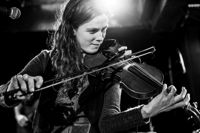 Annie Ford - Fiddle, Guitar, Ukulele, Piano, Banjo, and Accordion Lessons