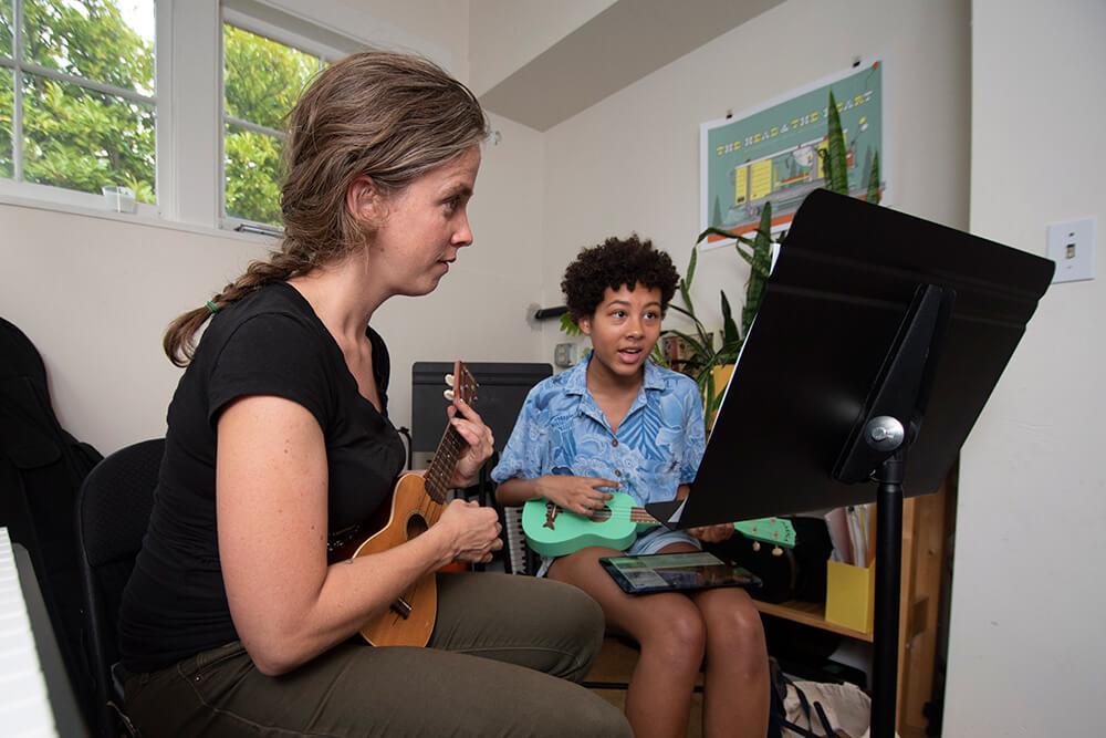 Ukulele Lesson Seattle - Meter Music School